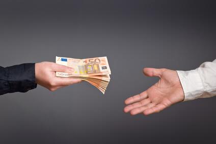 Geldtransfer ins Ausland